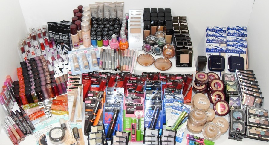 Maybelline closeout and shelf pull mixed lot