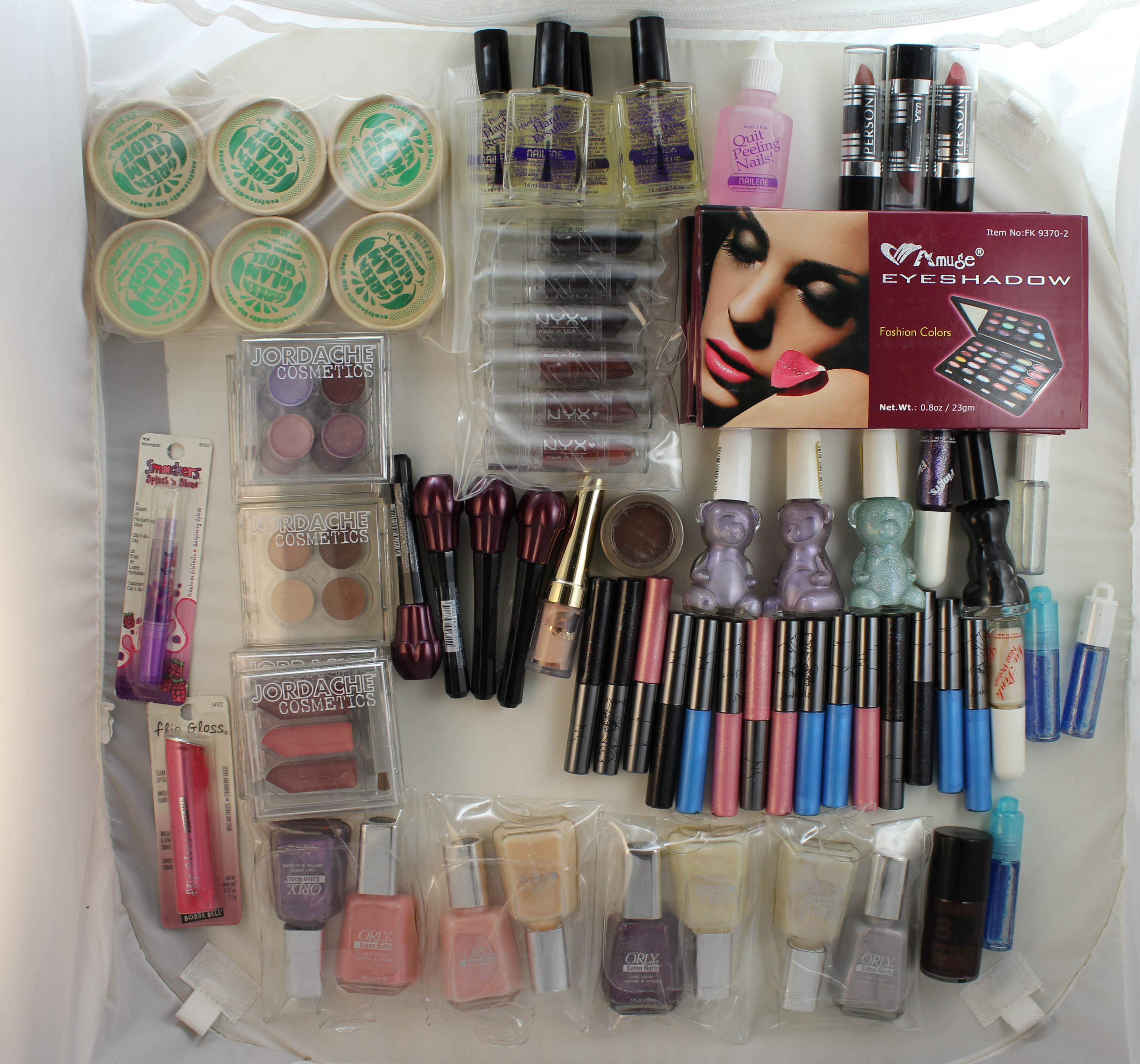 Brand Name cosmetics makeup mix whole sale bulk lot (50 piece minimum